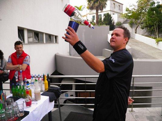 Workshop de mistura de bebidas e preparação de cocktails